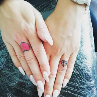 tetování symbol srdce diamant