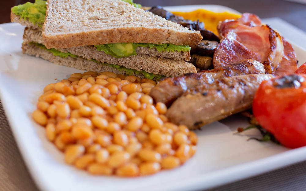 Get Inspired with a lovely English breakfast at Chefstin.