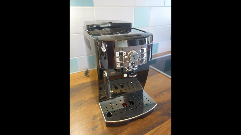 Kaffeevollautomat Delonghi ECAM Magnifica S