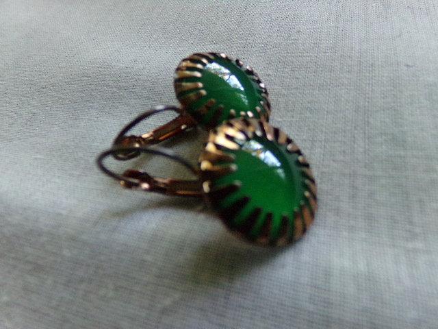 Green Onyx Cabochon Gemstones Earrings