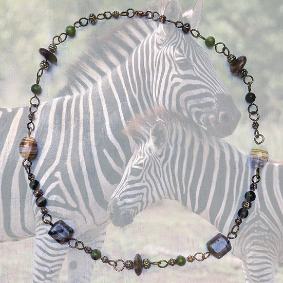 """Gray & Tan Agate & Green Nephrite Gemstones 18-1/4"""" Necklace"""