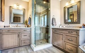 bathroom2124.jpg