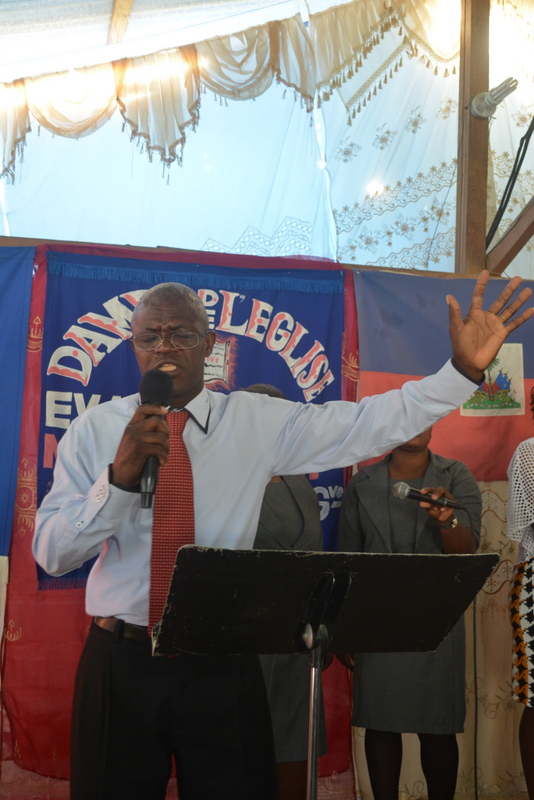 Pastor Hakine