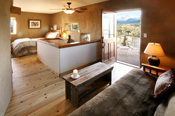 B&B Bedroom & Balcony with Mtn View