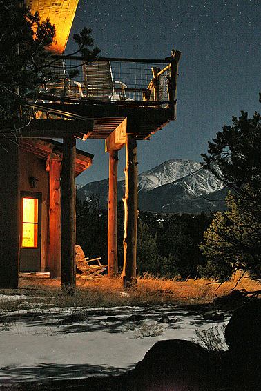 Bed & Breakfast, Moonlight & Mtns