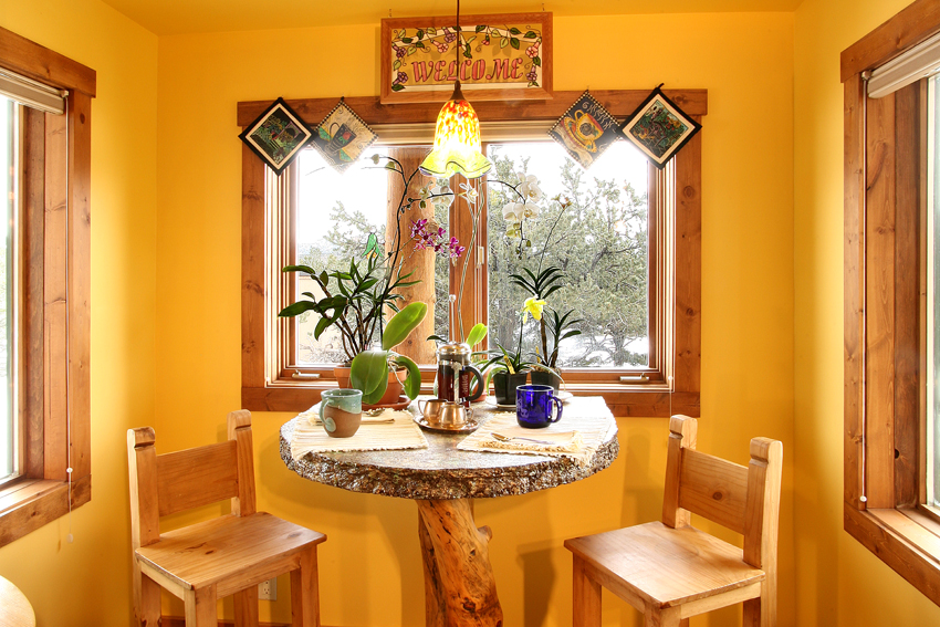 B&B Breakfast Nook, Snowy Day
