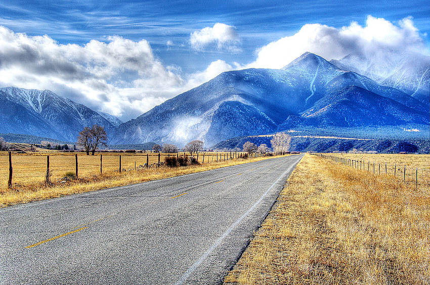 Road to St Elmo, Colorado