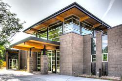 Contemporary Medical Building Ext