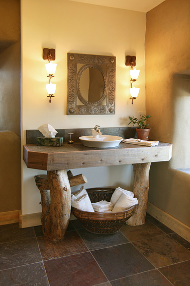 B&B Bathroom w/ Southwestern Decor