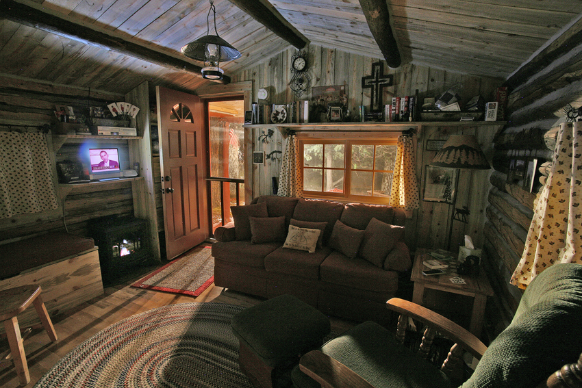 Americana B&B Cabin Interior