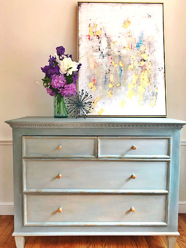hand-painted-furniture-sustainable-home-decor-eco-friendly-decor-artisan-made-vintage-decor-online-store-ecommerce-hand-made-decor-home-design
