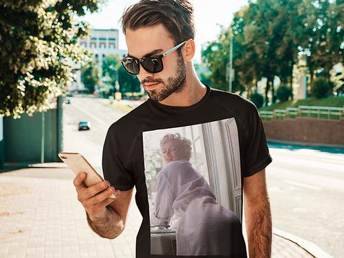 "Marilyn Monroe ""Dozen Of Those"" Unisex T-Shirt"