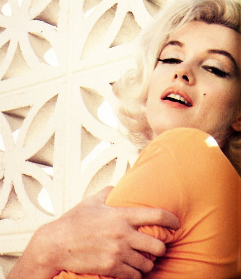 Marilyn Monroe Hugs