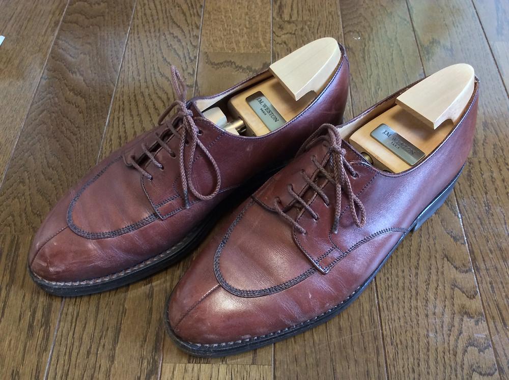 ボウタイ専門店DIAMOND HAKEの靴磨き