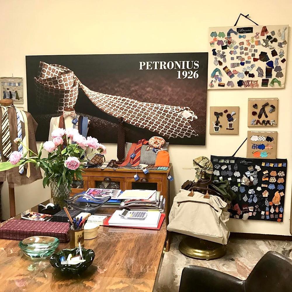 ミラノのペトロニウス。-蝶ネクタイ専門店ダイヤモンドヘイク