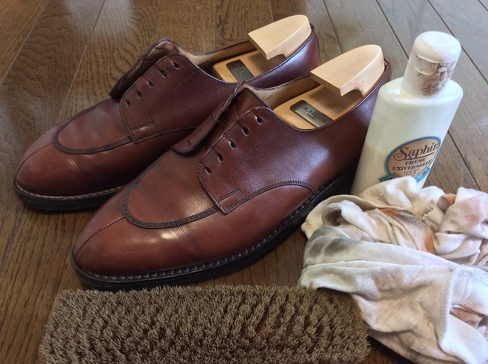 ボウタイ仕立屋の靴磨き。ジェイエムウエストン