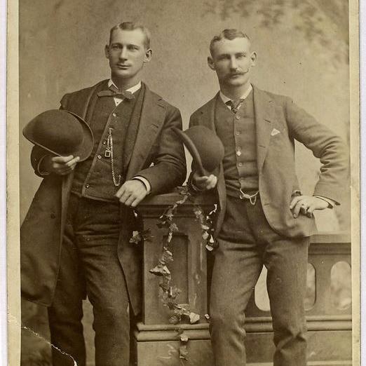 エドワード・アンドリューとサム・バークレイ(1884年)