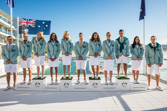 シアサッカーを着たオーストラリア代表