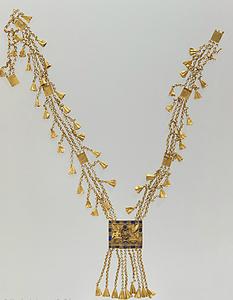 古代エジプトのパネジェム1世の首飾り