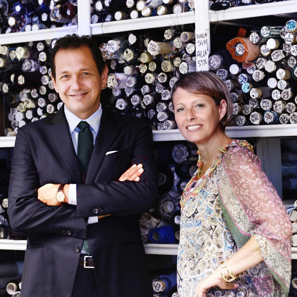 ステファノ・ビジを経営するステファノとパオラ。蝶ネクタイ専門店ダイヤモンドヘイク
