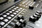 audio-mixer-buttons-close-up-159206.jpg
