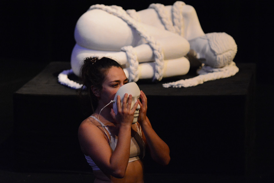 Daughters of the World, en dansföreställning