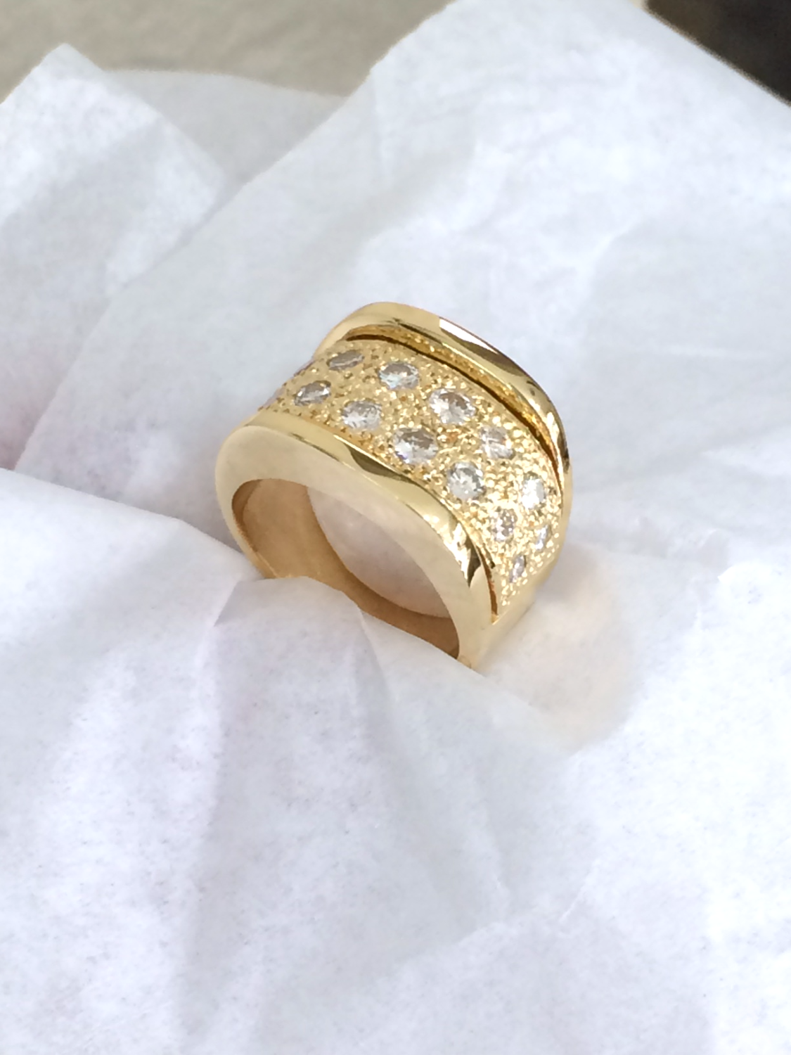 SFJ  Diamond Ring