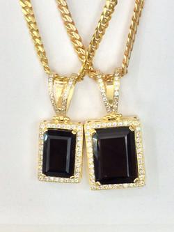 SFJ Diamond/ Onix Pendant