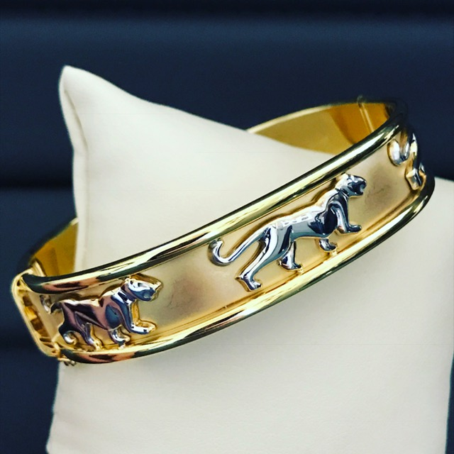 18kt Panther Bangle