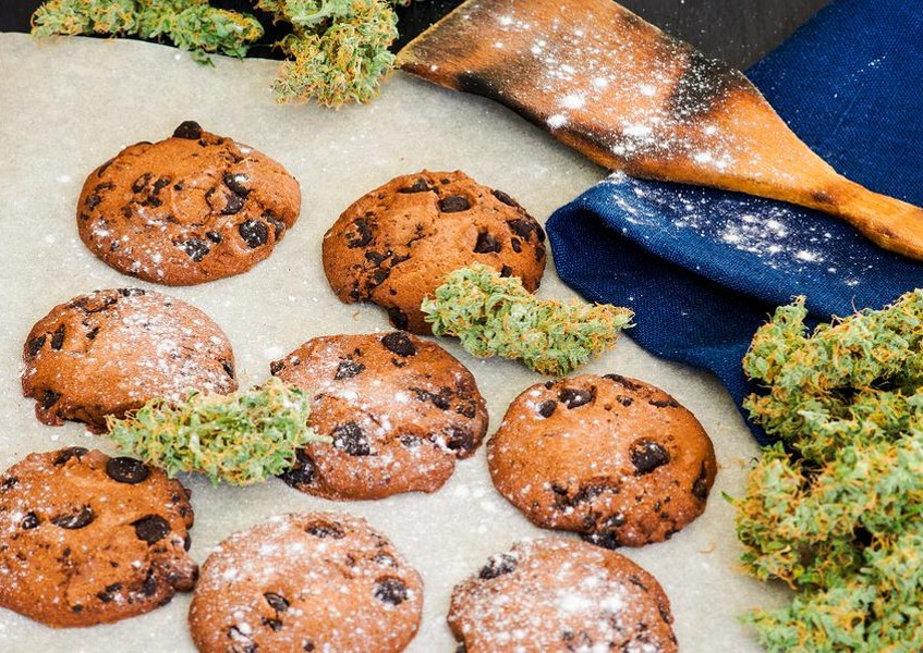 Making homemade cannabis edibles