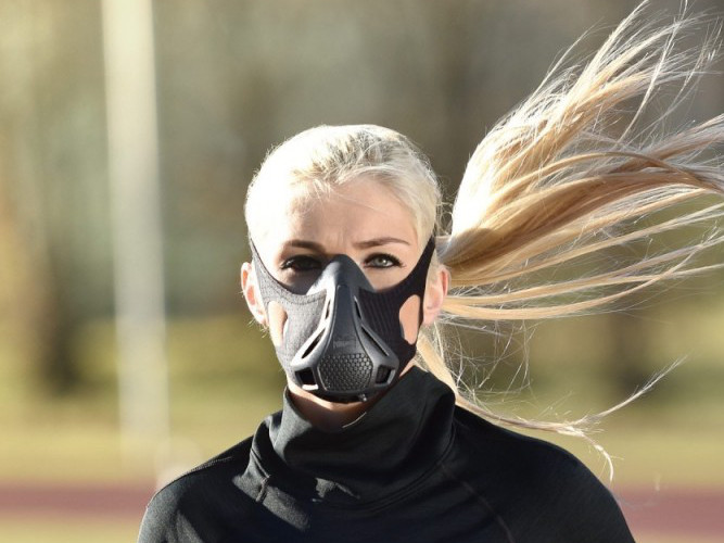 Natürliche Leistungssteigerung - Laufcoaches.com testet die neue Phantom Training Mask