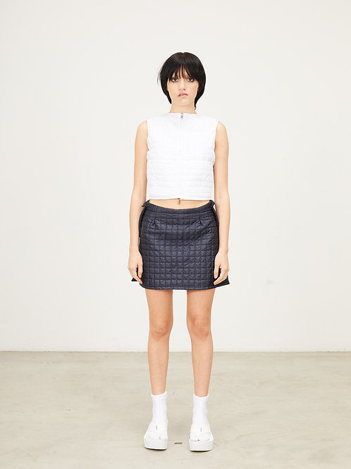 LIGHTWEIGHT QUILTED NYLON JETSON DOUBLE POCKET SHORT SKIRT