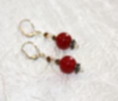 Boucles d'oreille en jade rouge