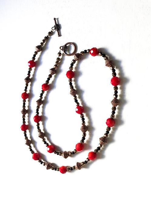 Sautoir en agate rouge, onyx et hématite