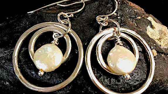 Fine silver double hoop earrings with white coin pearl