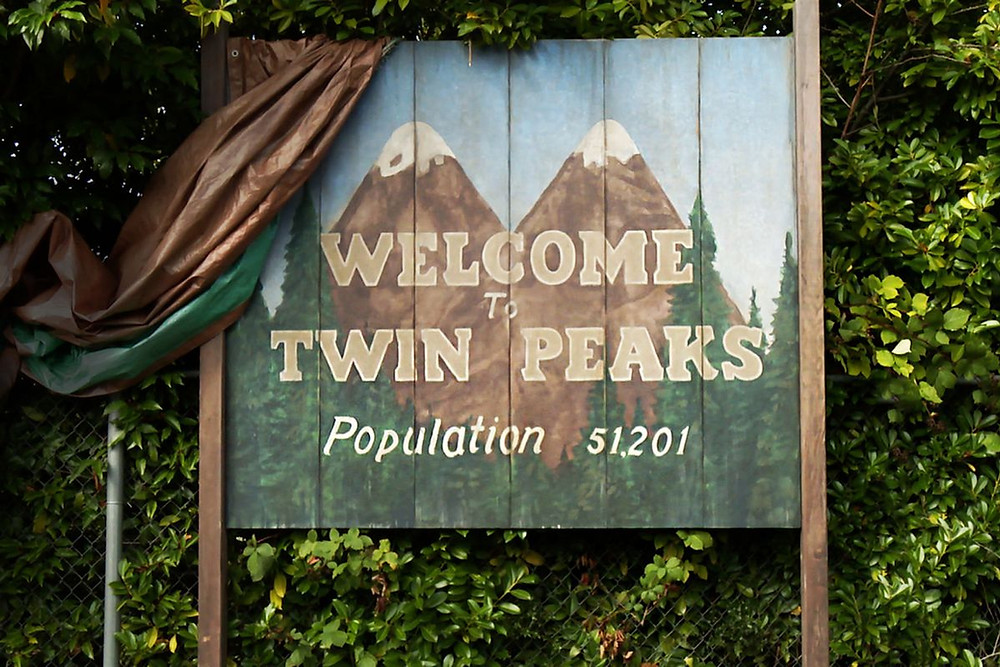 Twin Peaks Sign.