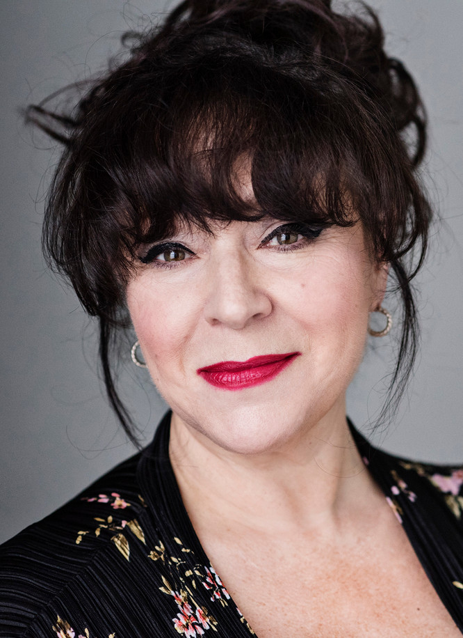 Conversations...with actor, Harriet Thorpe.