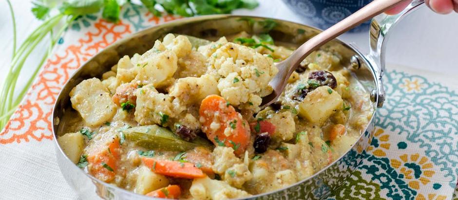 "Indian Cashew Curry ""Navratan Kurma"""