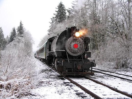 THE_POLAR_EXPRESS__Train_Ride--Mt._Raini