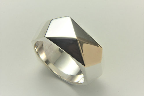 Wide Facet Ring with 9ct Gold