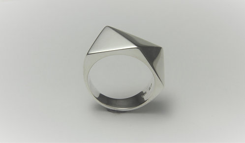 3 Sided Facet Ring