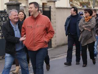 Anthony Effroy met Christophe Delrieu devant ses engagements de campagne lors du conseil municipal d