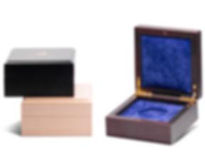 Производство деревянных футляров для медалей и наград