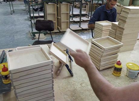 Деревянная подарочная упаковка на экспорт. Кейс.