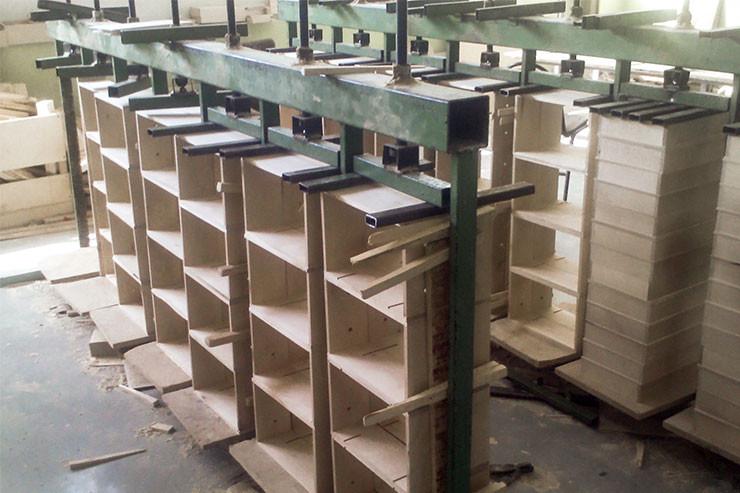 Производство деревянной упаковки для шампанского