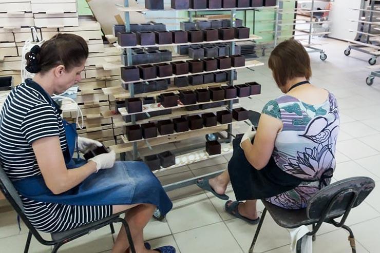 Производство деревянных изделий для чая и кофе