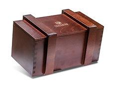 Подарочные деревянные коробки и ящики для корпоративных подарков и ёлочных игрушек