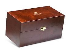 Подарочные шкатулки для корпоративных подарков и ёлочных игрушек
