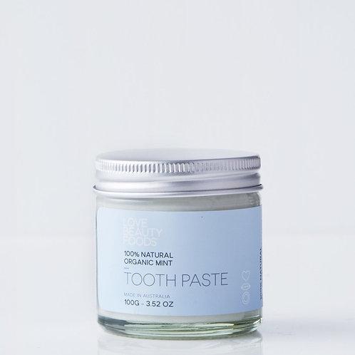 Organic mint toothpaste