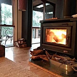 metta fireside.jpg